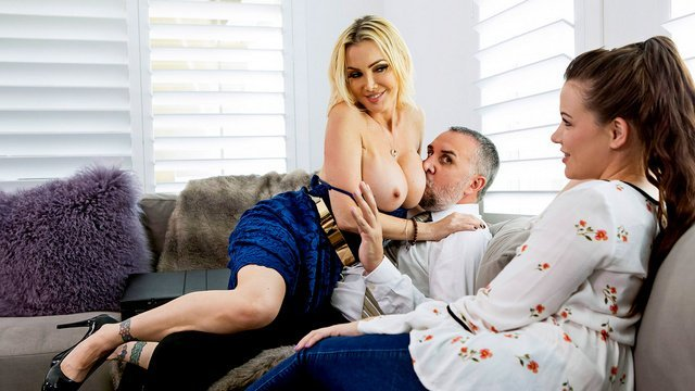 Порно Brazzers, большие сиськи